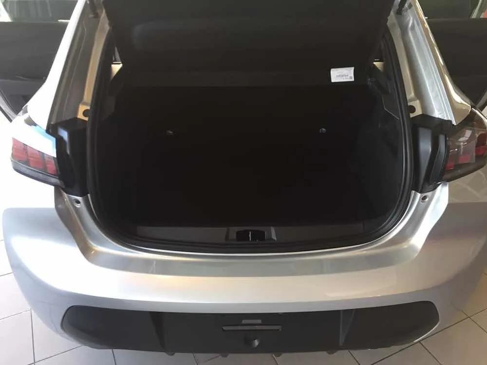 Peugeot 208 1.2 Active_abr20_10