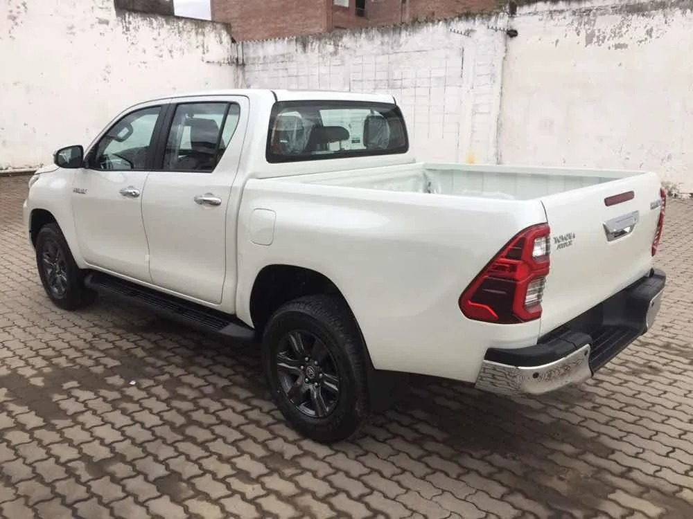 Toyota Hilux 27 Dcab_may21_08