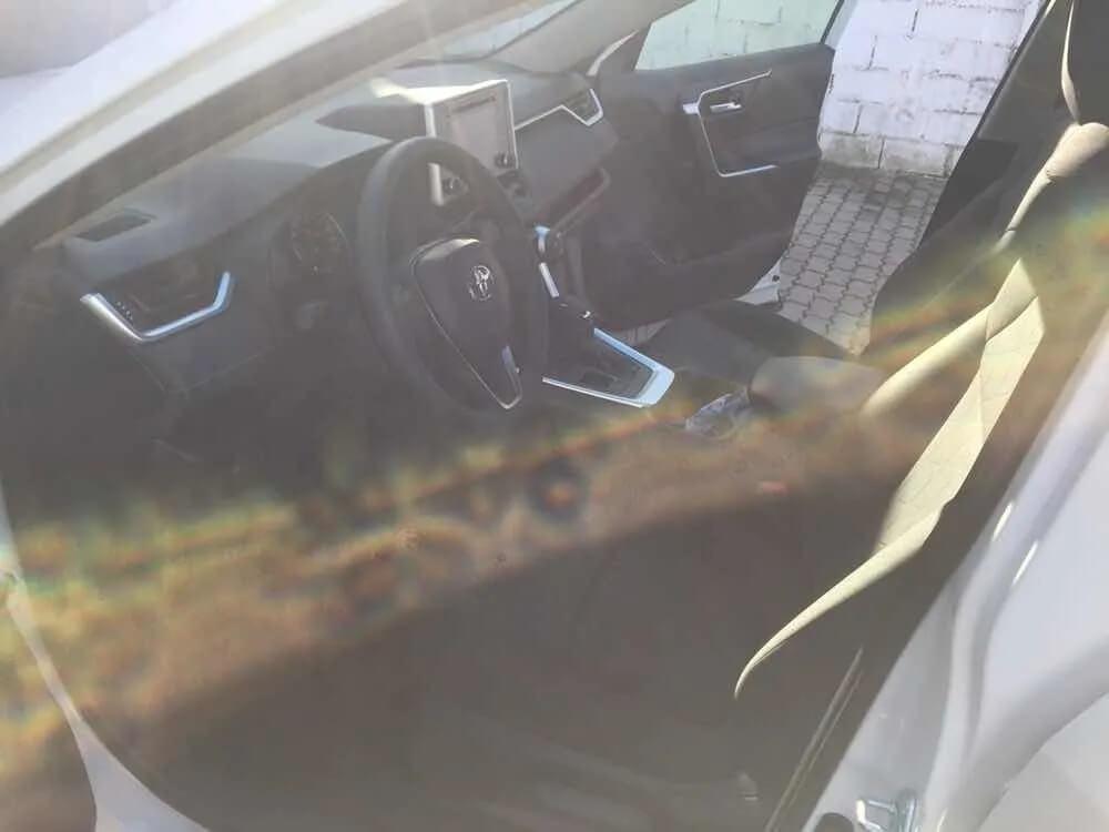 Toyota RAV4 Hybrid_jul26_15